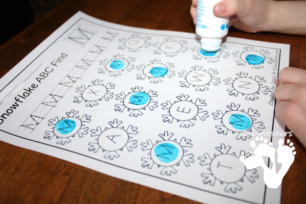 Winter Themed ABC Find: Uppercase or Lowercase with tracing - 3Dinosaurs.com