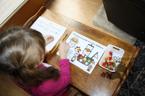 FREE Spin & Cover Thanksgiving Math - no prep counting, addition and multiplication - 3Dinosaurs.com