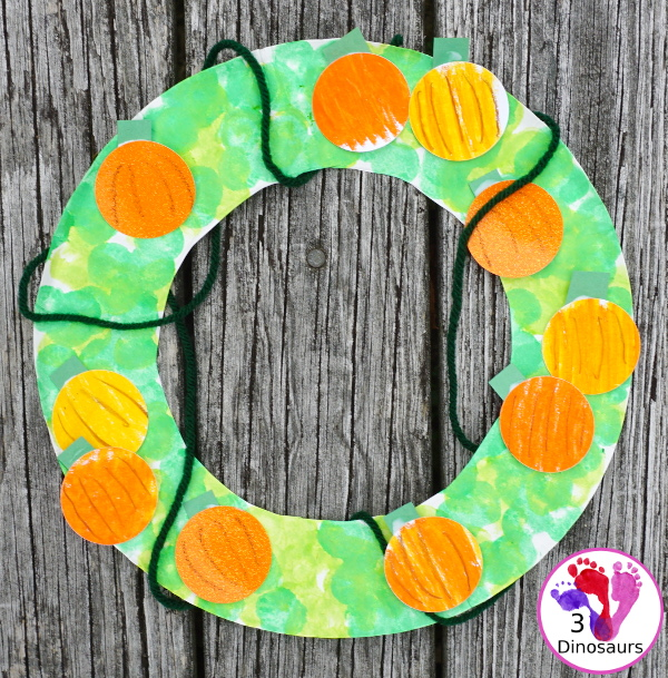 Pumpkin Patch Themed Wreath - easy to make and great for the fall pumpkin wreath - 3Dinosaurs.com