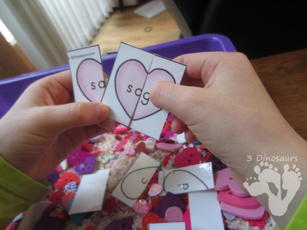 FREE Valentines Sight Word Puzzles for sensory bags or sensory bins - a fun hands-on way to work on 3 letter sight words. - 3Dinosaurs.com