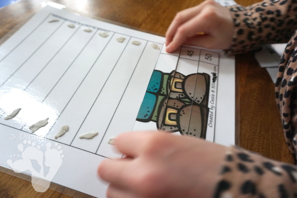 Free Hands-On St Patrick's Day Skip Counting Puzzles - work on skip counting by 5 with these fun puzzles. - 3Dinosaurs.com