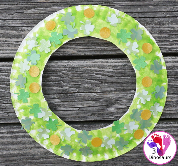 Four Leaf Clover Themed Wreath for St Patrick's Day - a fun wreath made with clovers and gold coins for St. Patrick's Day - 3Dinosaurs.com