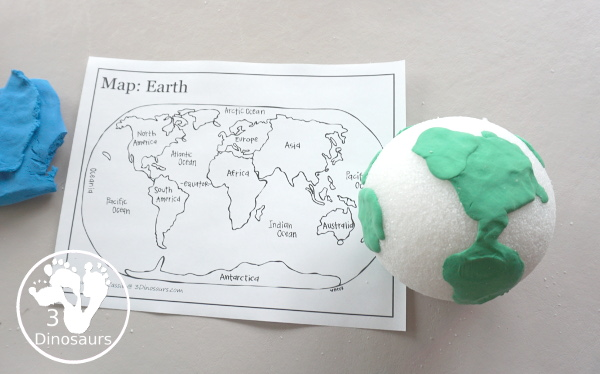 Model Magic Earth Craft - a super simple craft that different ages can make that works great for a fine motor craft for Earth Day or learning about space - 3Dinosaurs.com
