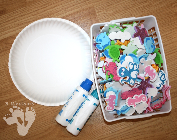 Ocean Themed Wreaths - Easy to make paper plate wreaths that kids can have fun making - 3Dinosaurs.com